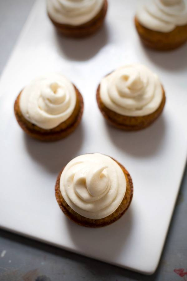 recipe for carrot cake cupcakes with cream cheese frosting