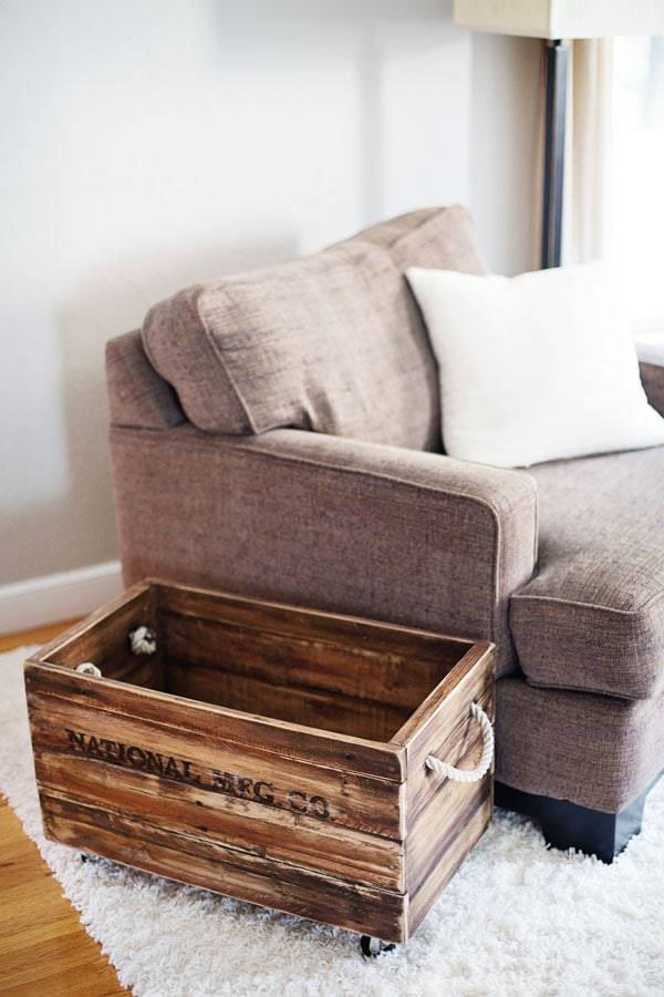 Pallet wood crate.