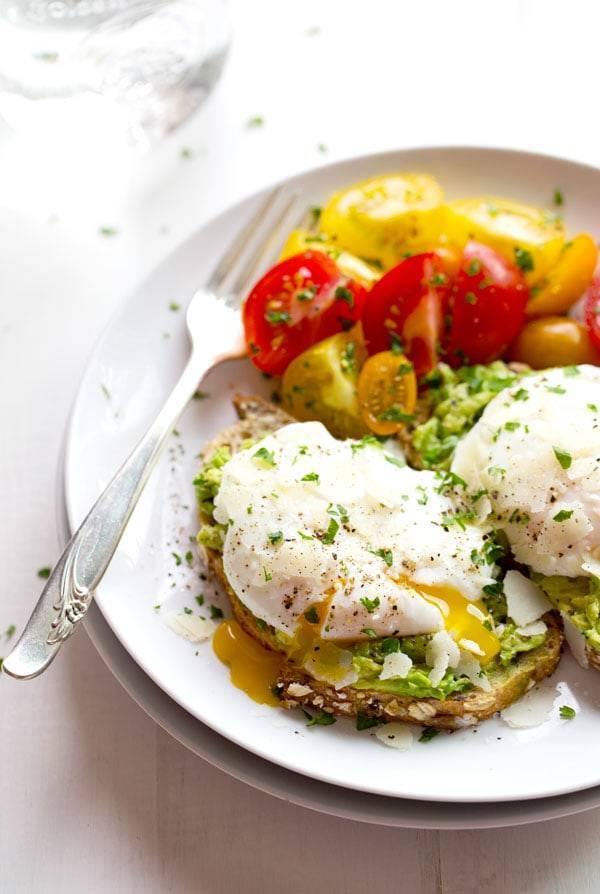 This Simple Poached Egg And Avocado Toast Recipe Is So Delicious Real