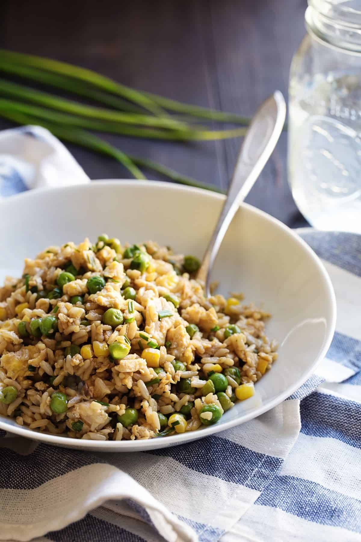 The Best 10 Minute Veggie Fried Rice - so fast, so good! TEN MINUTES to yummy! 300 calories. | pinchofyum.com #friedrice #vegetarian #recipe #healthy
