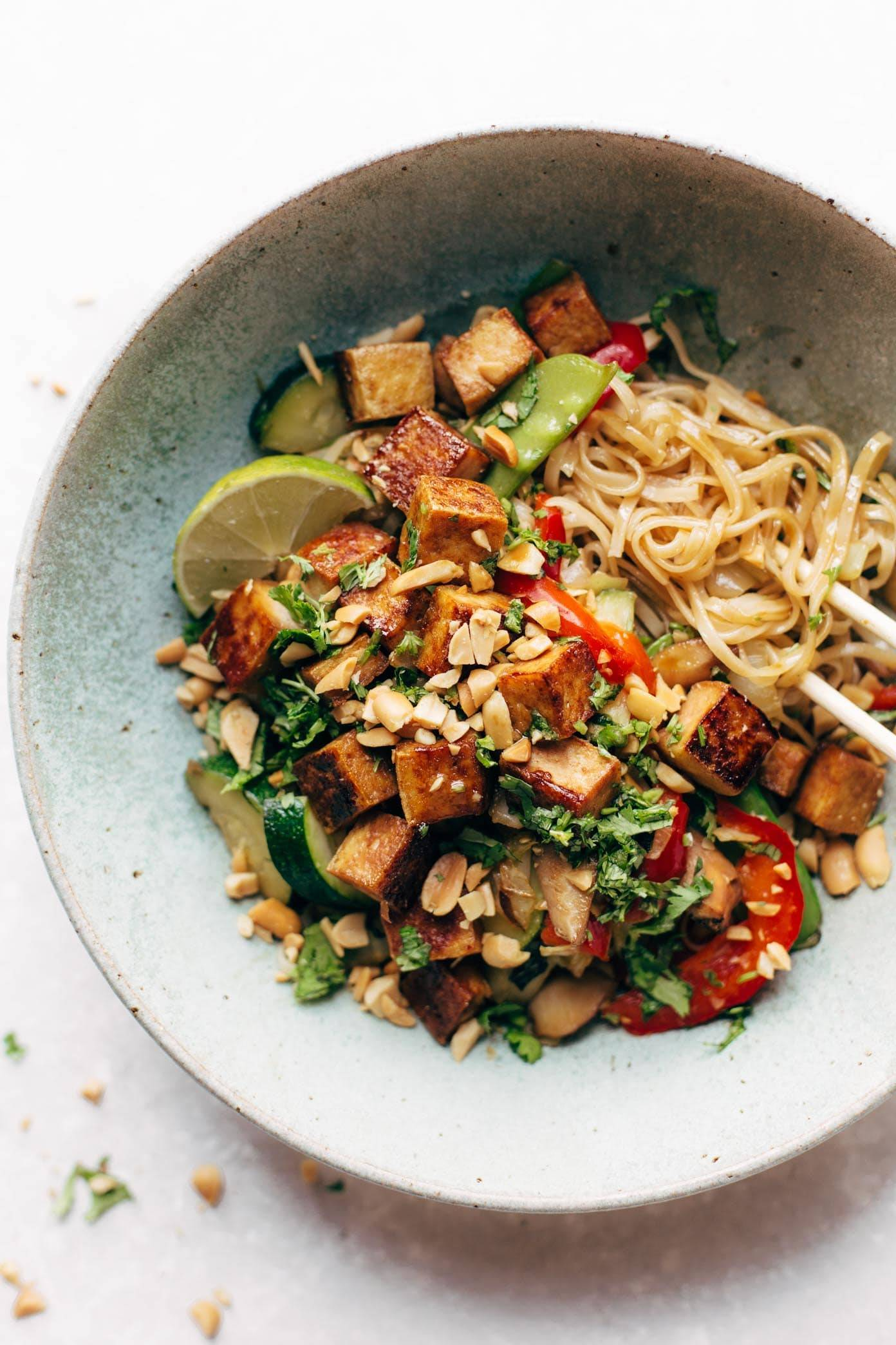 Back Pocket Stir Fry with Noodles - simplicity wins. brown rice noodles with tofu and all kinds of colorful veggies for a quick and easy dinner! vegan, vegetarian. | pinchofyum.com