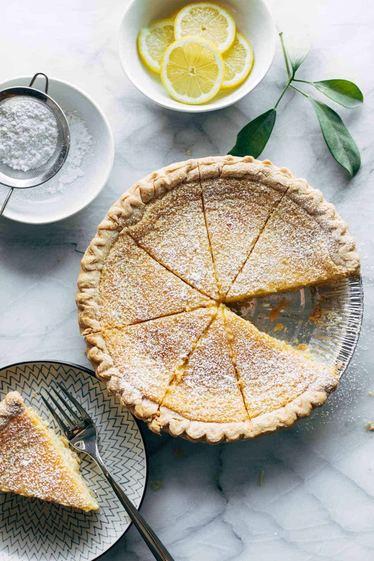 Lemon pie with powdered sugar.