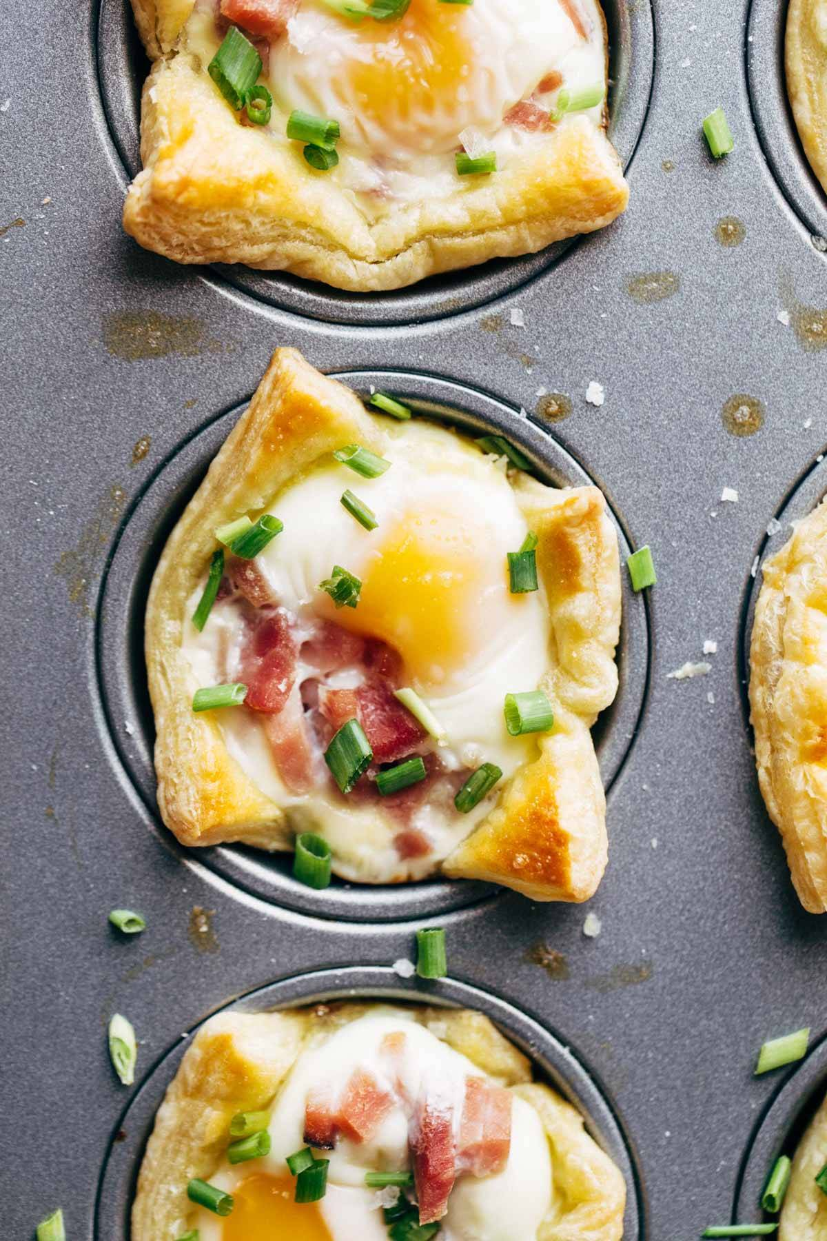 Ham, Egg, and Cheese Brunch Cups in muffin tin.