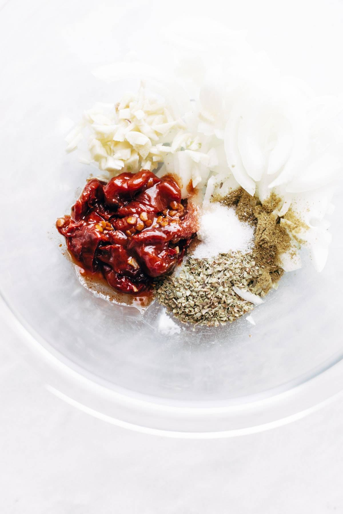 Ingredients for Chicken Tinga Tacos in blender.