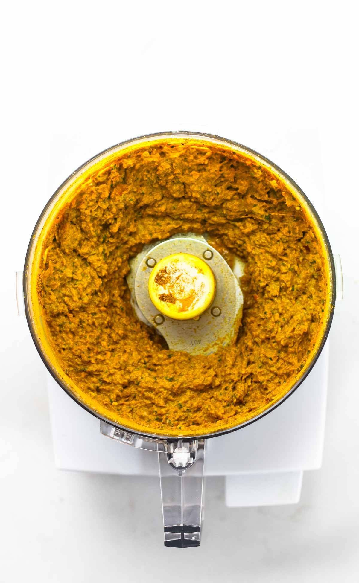 12 Magical Ways to Use a Food Processor! Homemade Curry Paste | pinchofyum.com