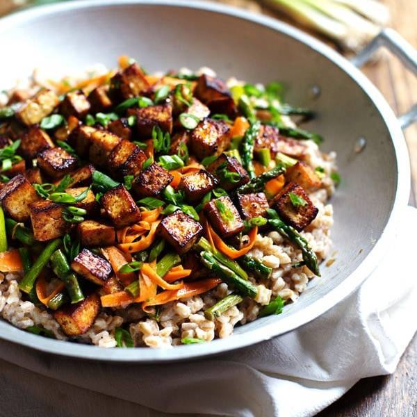 Honey Ginger Tofu And Veggie Stir Fry Recipe Pinch Of Yum