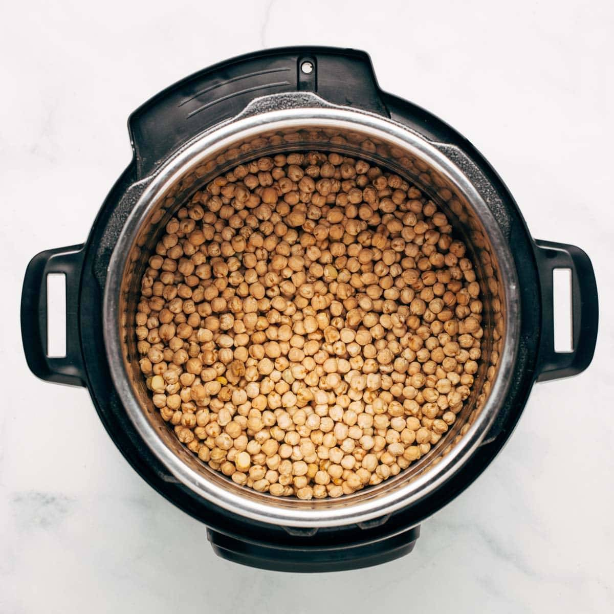Chickpeas in the Instant Pot.