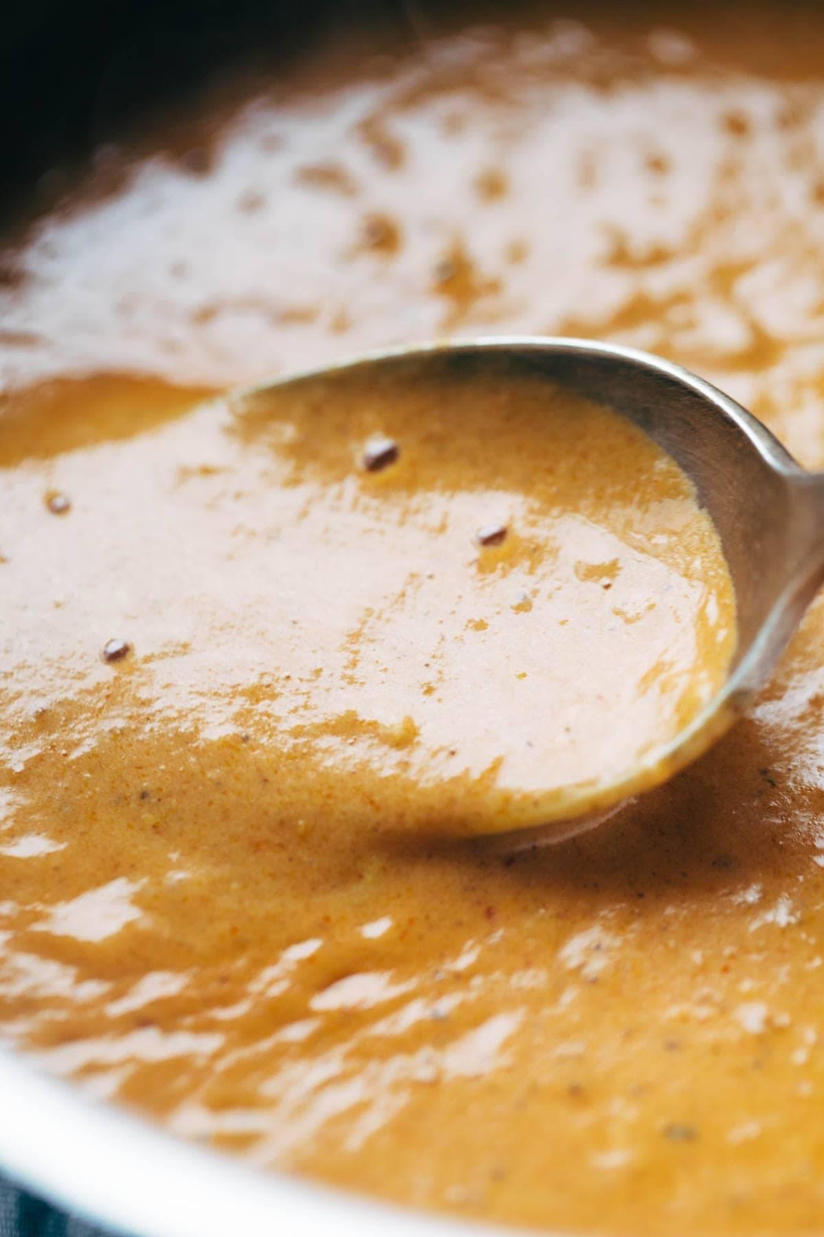 30 Minute Masala Sauce! made with onions, garlic, turmeric, cumin, chili powder, lemon juice, cilantro, tomato puree, and coconut milk. Perfect sauce for veggie or chicken tikka masala! Vegetarian / Vegan.| pinchofyum.com