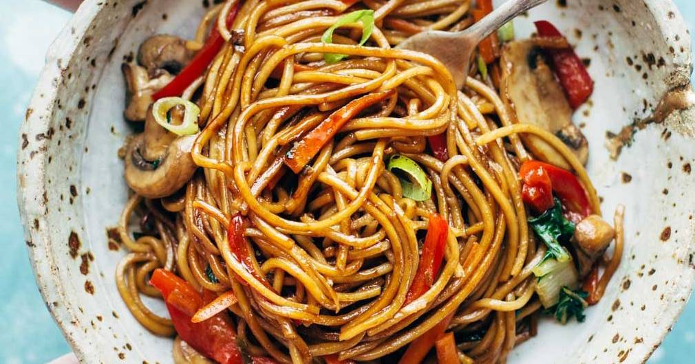 15 Minute Lo Mein Recipe - Pinch of Yum