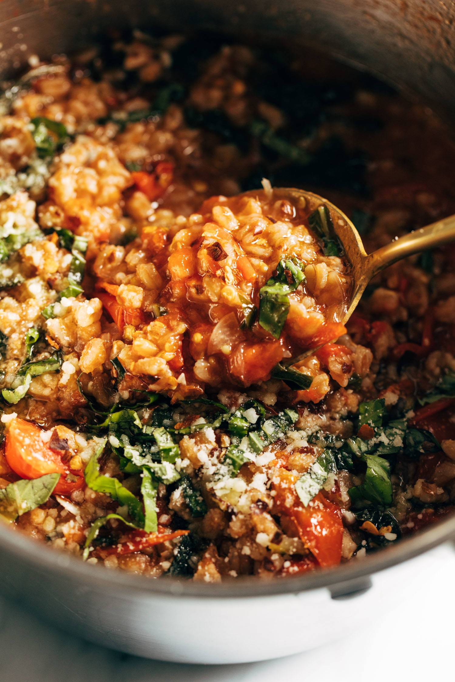 One-Pan Farro with Tomatoes and Kale