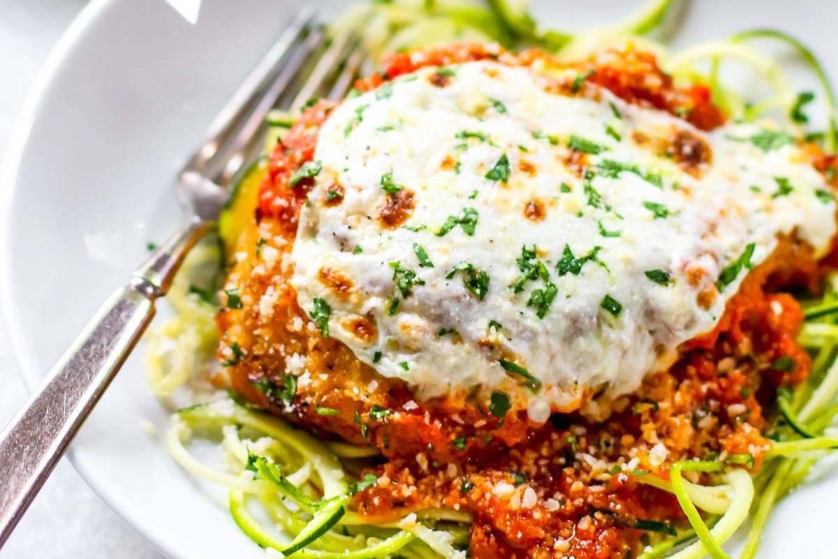 Healthy Chicken Parmesan | pinchofyum.com
