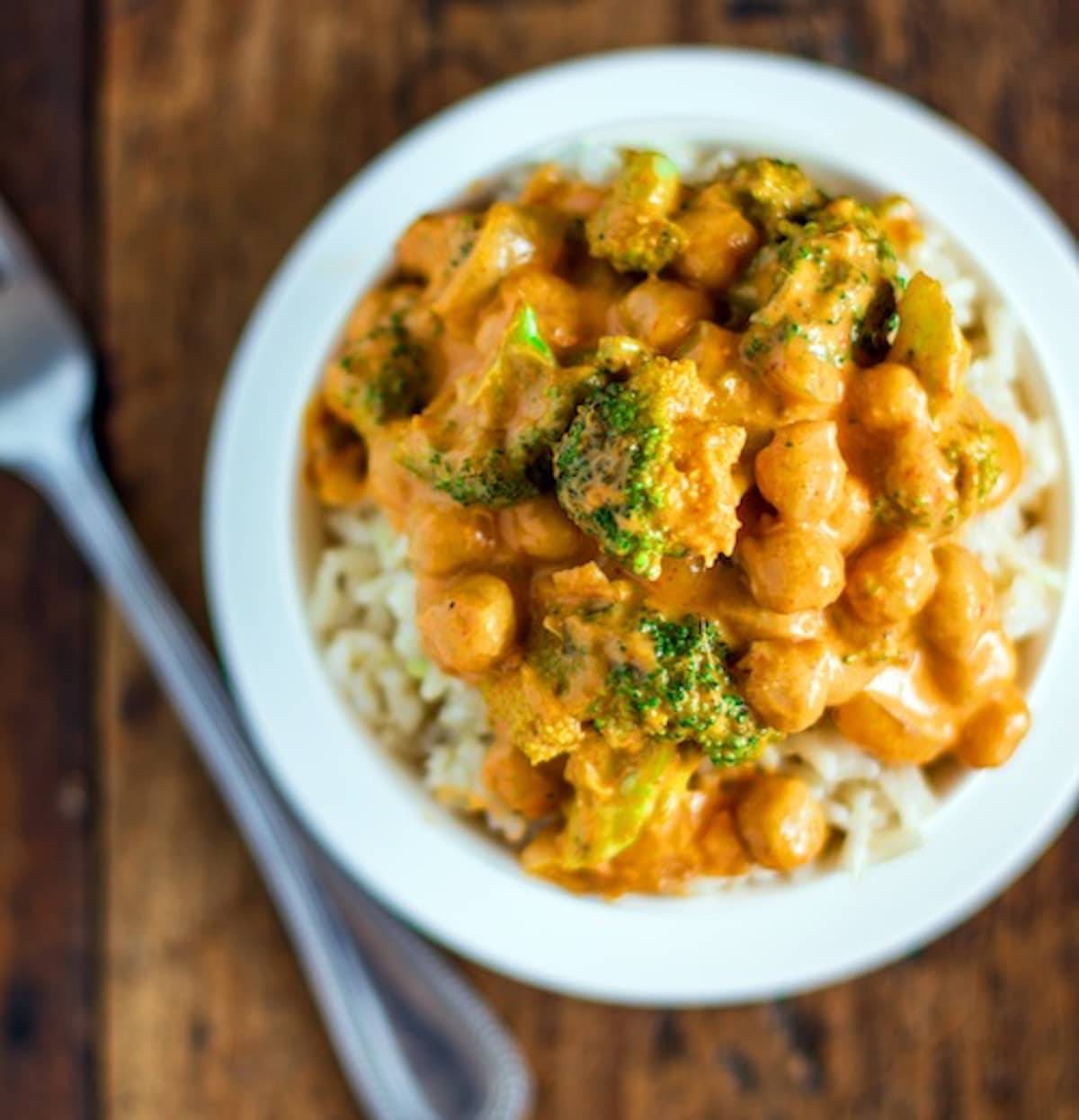 This 5-ingredient coconut curry has broccoli and chickpeas and a creamy coconut curry sauce that comes together super fast. | pinchofyum.com