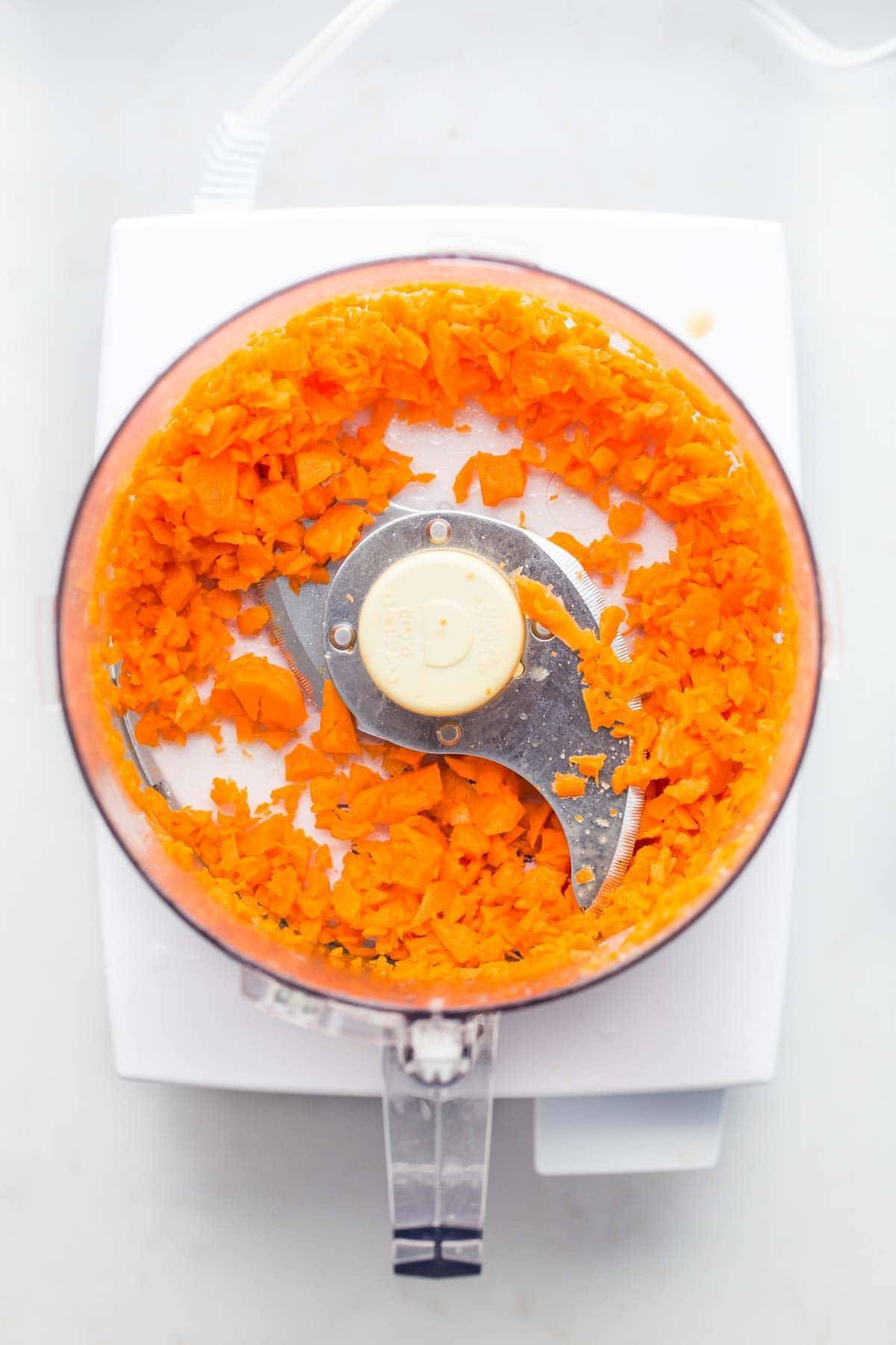 12 Magical Ways to Use a Food Processor! Chopping Veggies | pinchofyum.com