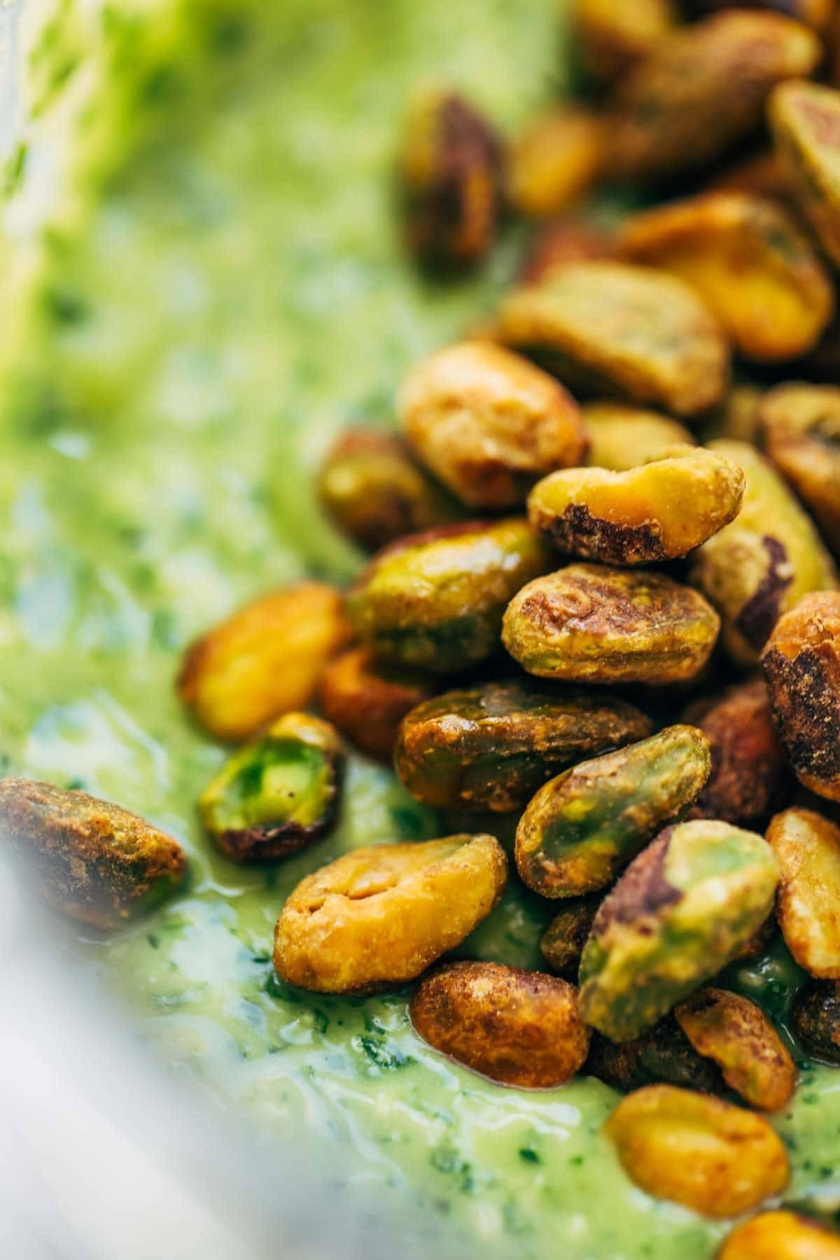 5 Minute Magic Green Sauce Recipe - Pinch of Yum